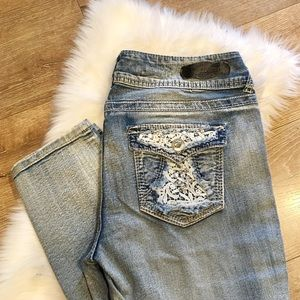 Wallflower Lace Rhinestone Skinny Jeans Light Wash